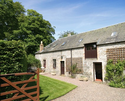 whitmuir-steading_main_lt